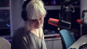 Singer-songwriter Channah op 3FM