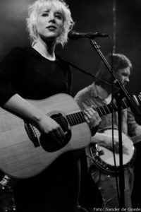 Singer-songwriter Channah in Paradiso